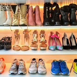 Welcome to my shoe/bag and accessory boutique